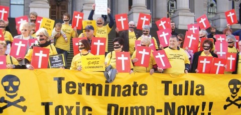 © Helen van den Berg. Residents impacted by the Tullamarine Toxic Waste Dump protest at Parliament House, Melbourne.